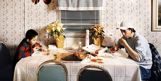 Photography Douglas Adesko travelled America to understand the ritual of the American family dinner
